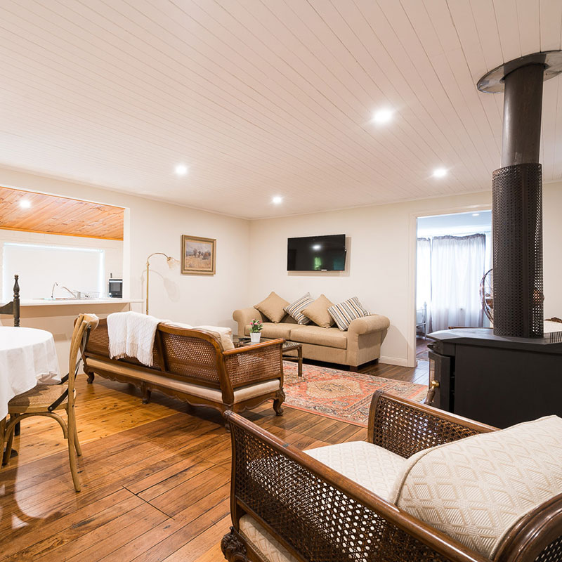 Huner Valley Accommodation - Cottages and Holiday Houses