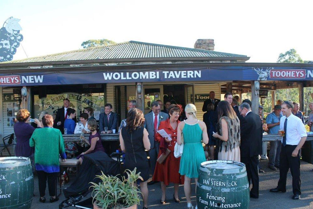 Eddie Rockerfella at Wollombi Tavern